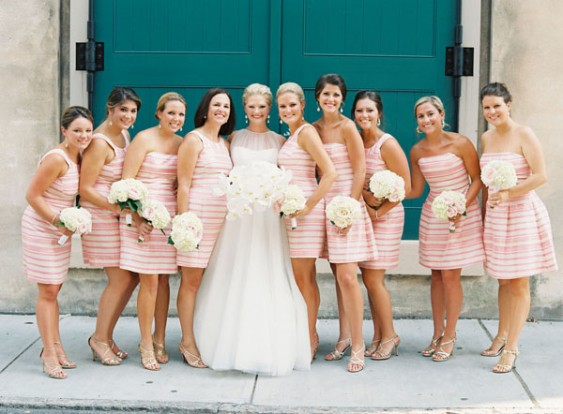 southern-wedding-lilly-pulitzer-bridesmaids-563x414