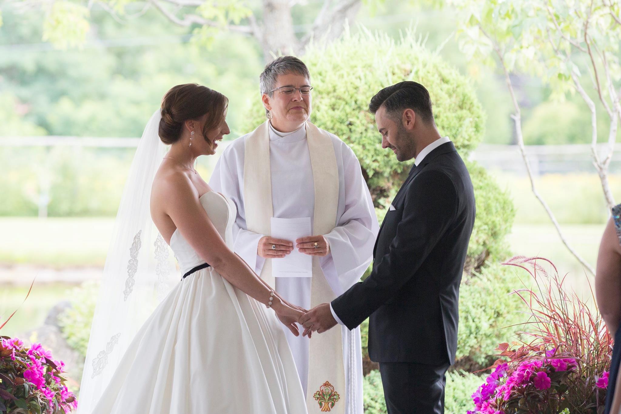 Outdoor wedding ceremony Ottawa